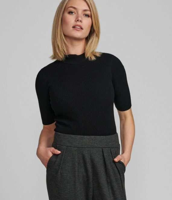 Nubia ss pullover | Numph