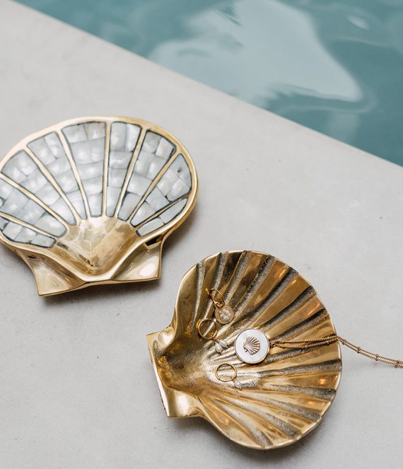 Shell bowl with mother of pearl | A La Collection