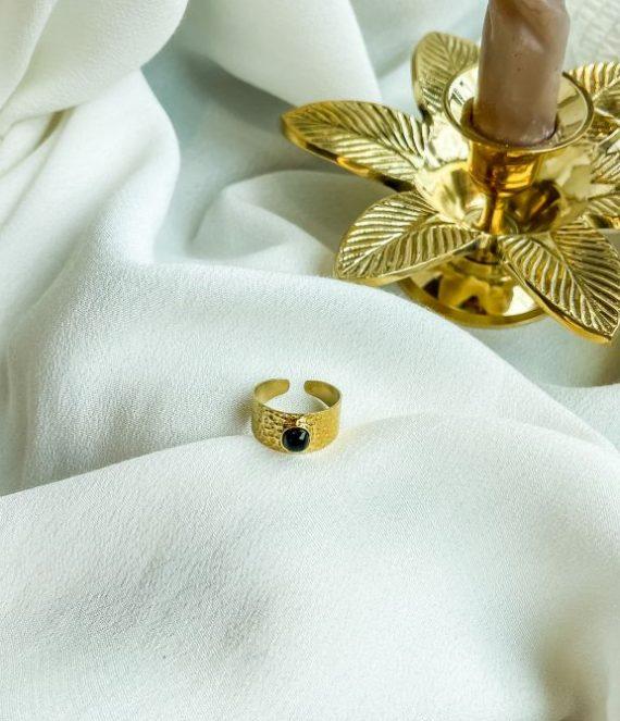 Ring gold black onyx   ZAG Bijoux