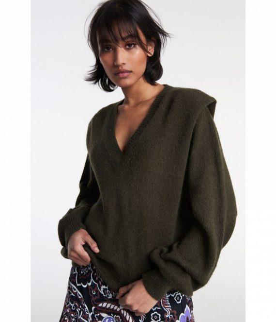 V-neck pullover | Alix the label