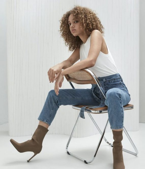 Retro inspired jeans with studs | Homage to denim
