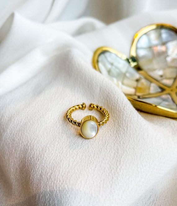Mother of pearl ring | Zag Bijoux